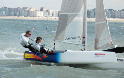 F16 youth sailing